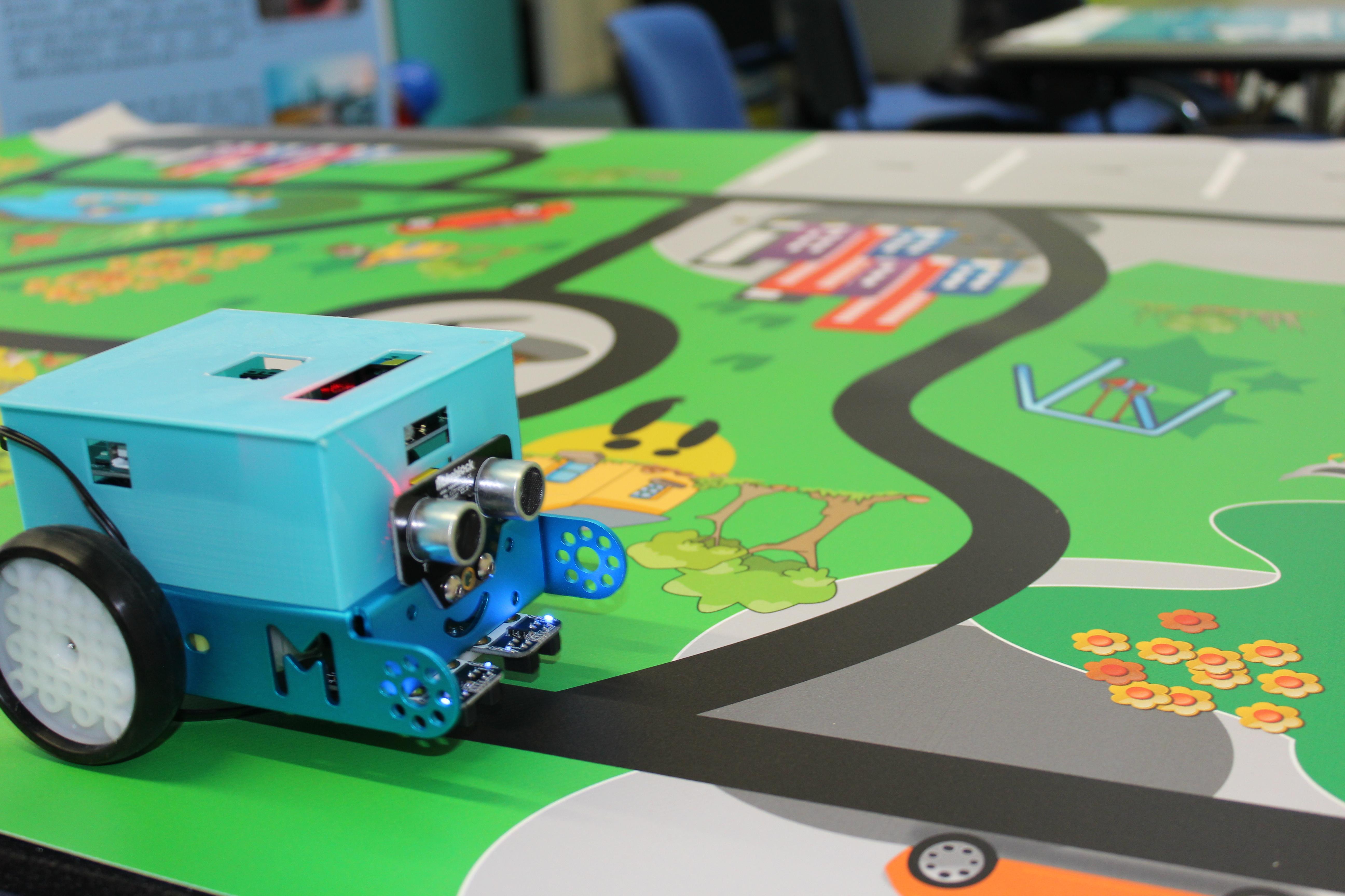 Exposition Réseaupolis Robot autonome